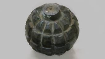 Die Kugelhandgranate stammte wahrscheinlich aus dem 1. Weltkrieg.