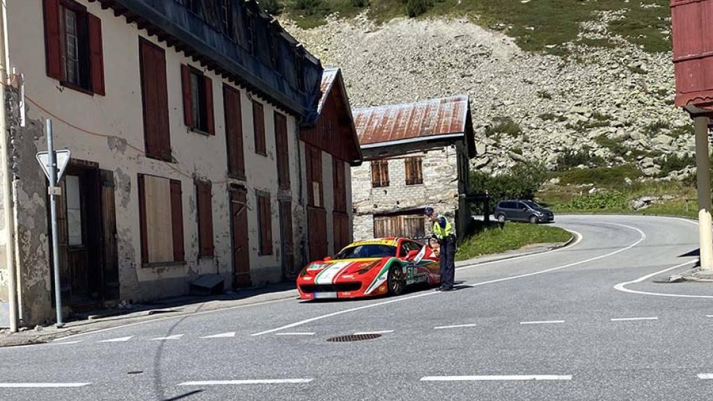 Polizei beendet europäische Raser-Rundfahrt im Wallis