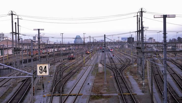 «Massive Eingriffe»: Laut Fachleuten müsste für das Herzstück auch die Einfahrt zum Bahnhof SBB umgekrempelt werden.