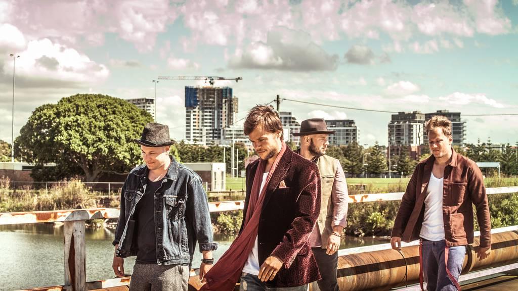 77 Bombay Street: Neues Album aus Down Under