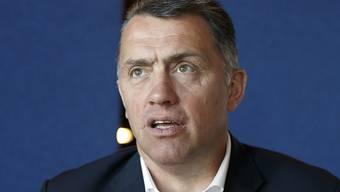 Philippe Bozon, einst Kult-Spieler beim Servette und erfolgloser Coach in Lugano, stieg als Nationaltrainer mit Frankreich nach einem 3:4 n.V. gegen Grossbritannien ab