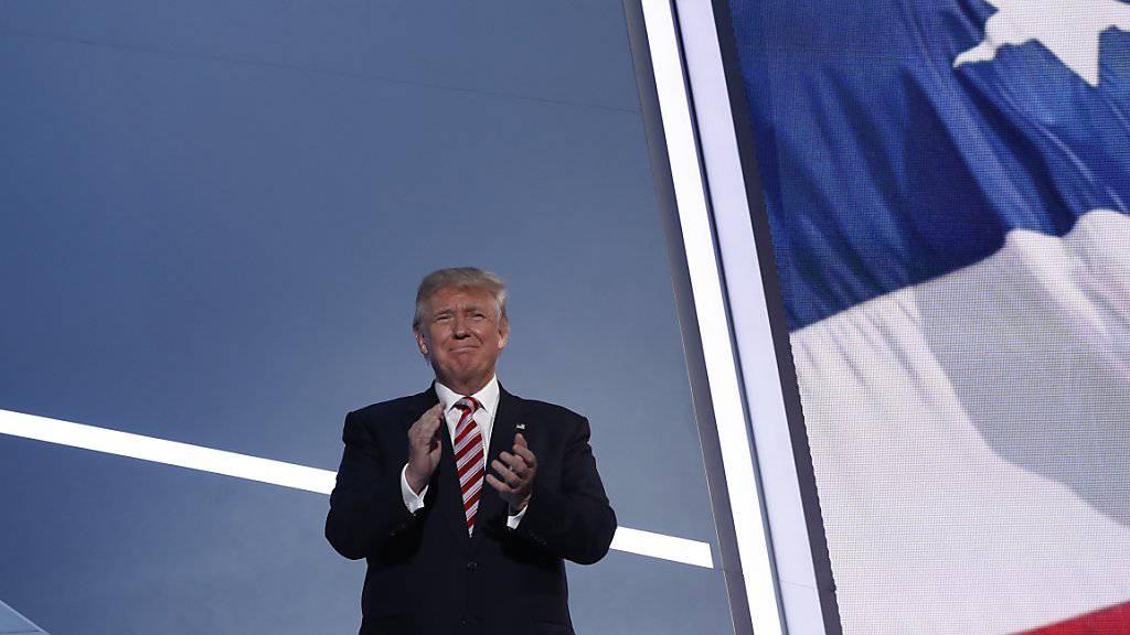 Sein direkter Draht zur Bevölkerung: Trump will auch nach seinem Amtsantritt als US-Präsident weiter twittern.