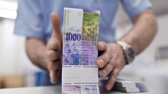 Die Juso will die Vermögenssteuer für Reiche verdoppeln. (Symbolbild)