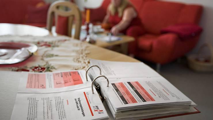 """Sozialhilfe statt IV: Nach dem Wegfall von IV-Renten landen immer mehr Menschen laut dem """"SonntagsBlick"""" auf den Sozialämtern. (Symbolbild)"""