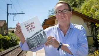 Kilian T. Elsasser hat ein neues Buch über die Elektrifizierung der Schweizer Bahnen geschrieben.