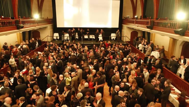 Eröffnungsapero im Konzertsaal