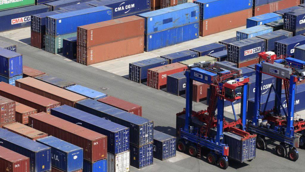 Trotz eines Rückgangs im Dezember erreichten die Schweizer Exporte 2018 einen neuen Höchstwert. (Symbolbild)