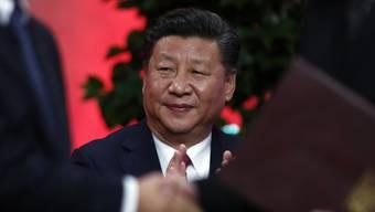 Dennis Bühler: «Der Bundesrat fühlt sich von Xis Zuneigung gebauchpinselt. Das ist sein gutes Recht, solange er ob seiner wirtschaftlichen Euphorie nicht blind vergisst, mit wem er am Tisch sitzt: Einem Mann, der sein Land mit unerbittlicher Härte regiert, der die ganze Machtfülle auf sich vereinigt und jeden Anflug von Demokratie und Freiheit im Keime erstickt.» (Archivbild)