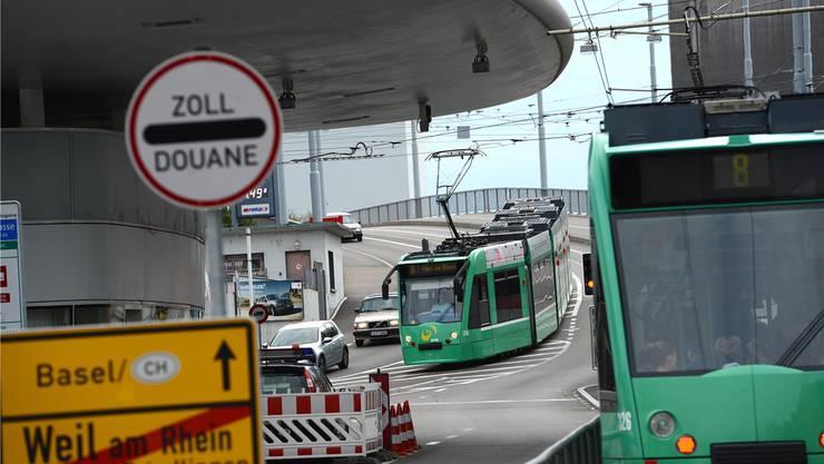 Ab 14. Dezember fährt das 8er-Tram wochentags am Nachmittag im 7½-Minuten-Takt über die Grenze nach Weil. Juri Junkov