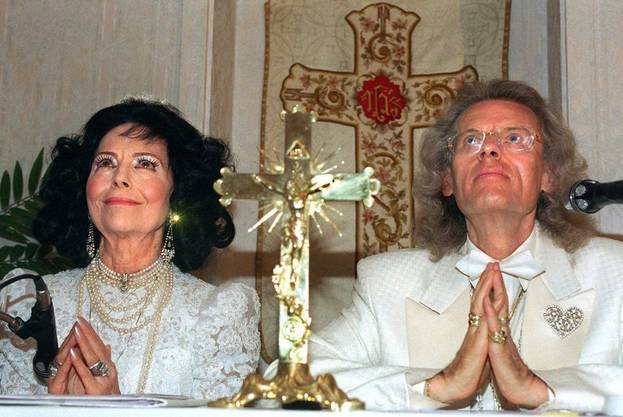 Was für eine Inszenierung! Uriella und Ehemann Icordo boten ihrem Publikum einiges.