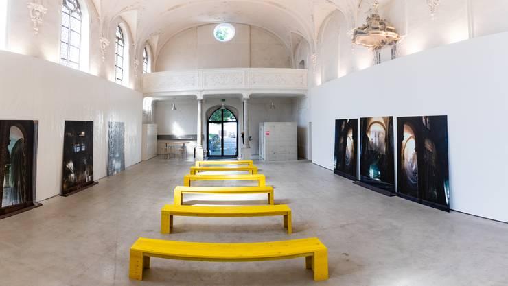 Reto Emch inszeniert im Haus der Kunst seine eigenen Fotografien.