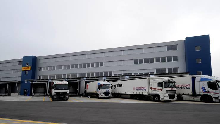 Das DHL-Logistikzentrum in Pratteln.