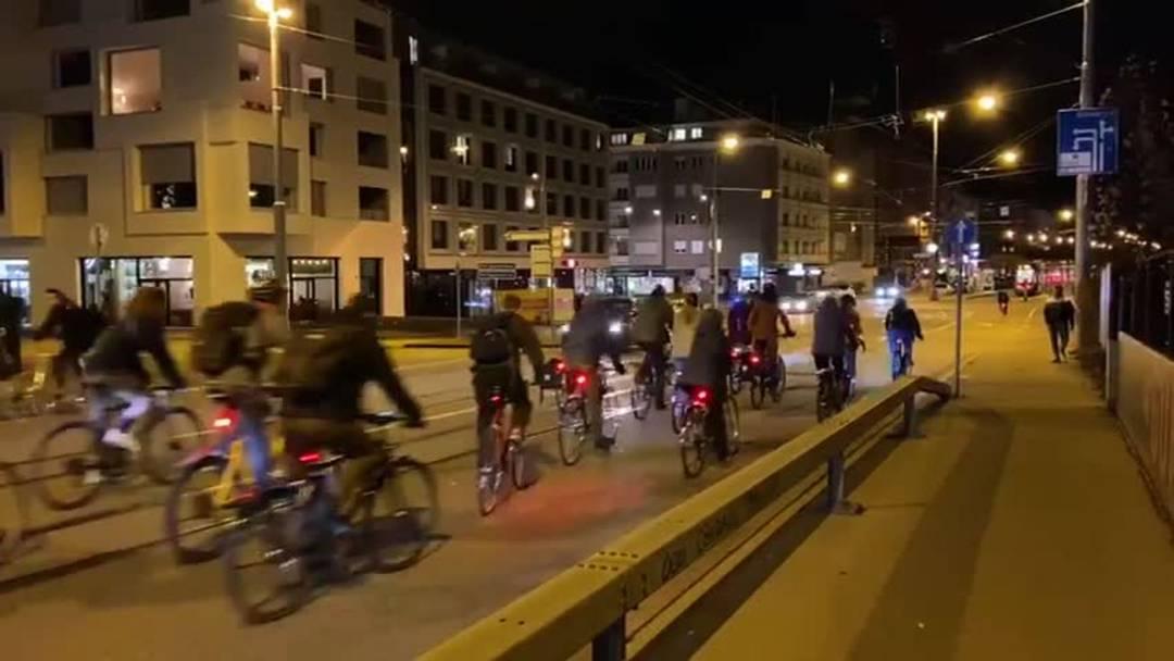 Video Critical Mass Velo-Demo Basel