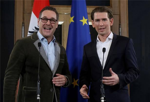 Damals strahlten sie noch: Kurz und Strache nach den ersten Koalitionsverhandlungen Ende 2017.