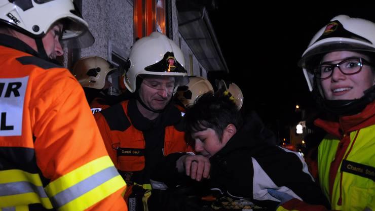 Mit einer Übung bereitet sich die Feuerwehr auf den Ernstfall vor. (Symbolbild)