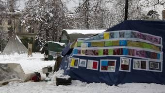 Das Camp ist im Schnee versunken (Archiv)
