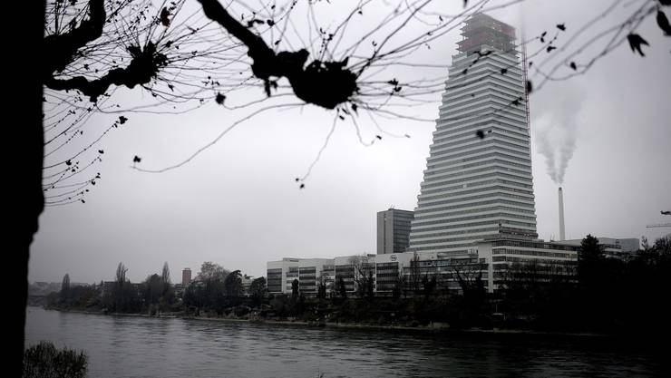 Die Höhe ist erreicht: Roche-Turm im Dezember 2014.