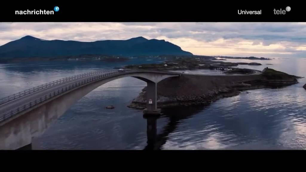 Premiere neuer James Bond Film im Verkehrshaus Filmtheater