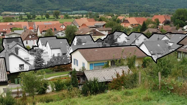 Die 15 Häuser – in Schwarzweiss markiert – sind vom gleichen Typ, die unterschiedliche Ausrichtung belebt den Anblick.