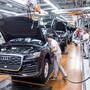 Nach einem tiefen Einbruch geht es bei Audi wieder nach oben. Kurz vor Jahresende hat der deutsche Autohersteller die Verkaufszahlen des Vorjahres erstmals übertroffen. (Archiv)