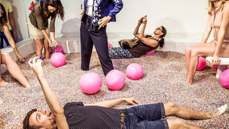 Im «Museum of Ice Cream» machen Besucher alles für ein perfektes Selfie und ein besonderes Foto. NYT/Redux/Laif