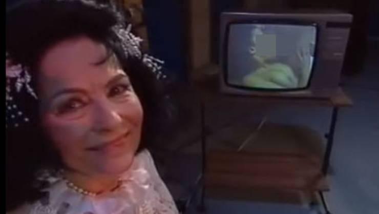 Ich bin schockiert: Uriella muss in der SRF-Sendung «Ventil» einen Porno bewerten.