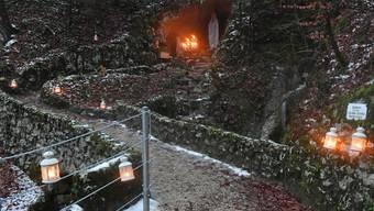Weihnachtsaktion Lourdes-Grotte Laupersdorf