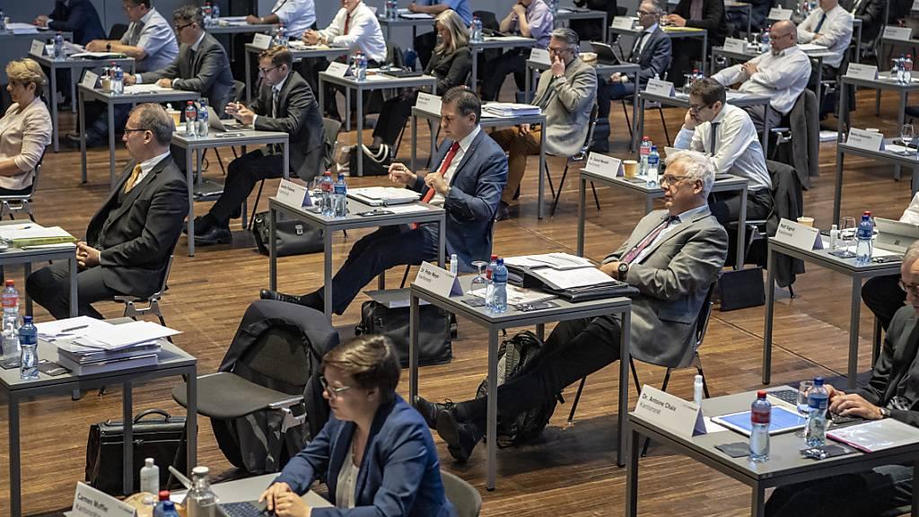 Schwyz soll beim Bund Maximum der Härtefallgelder abholen