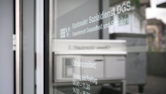 Die Staatsanwaltschaft führt ein Strafverfahren gegen eine Mitarbeiterin des Kantonalen Sozialdienstes.