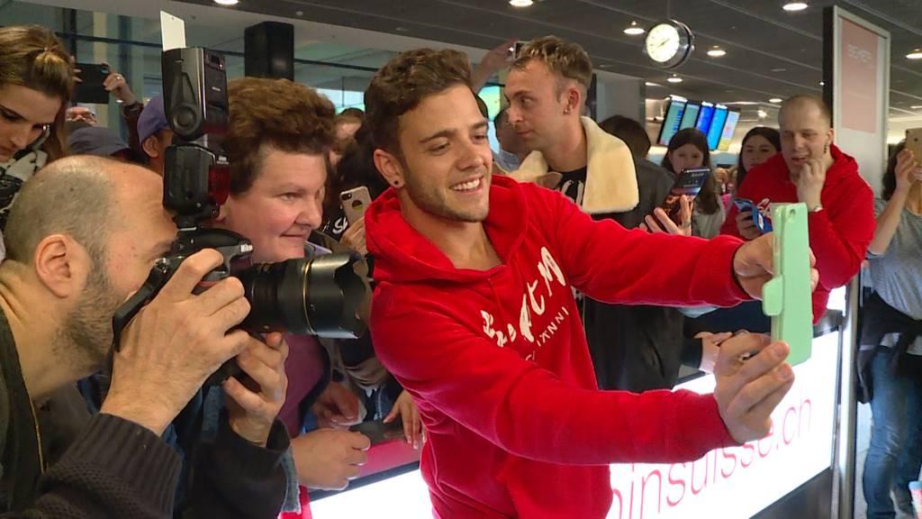 Grosser Empfang für ESC-Held Luca Hänni am Flughafen Zürich