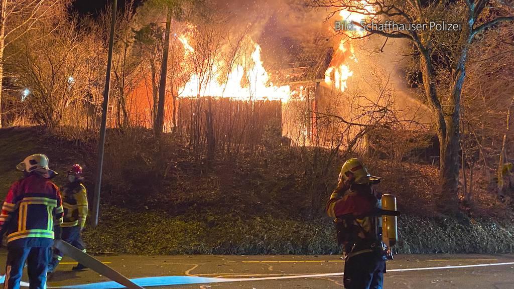 Herblingen (SH): Feuer zerstört Einfamilienhaus - eine Bewohnerin verletzt