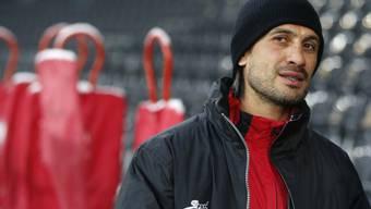 Hakan Yakin, Ex-Nati-Fussballer und Assistenztrainer des FC Schaffhausen, freut sich auf sein sechstes Kind - eine Tochter. (Archivbild)