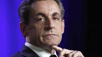 Der frühere französische Präsident Nicolas Sarkozy wird in einer Abhöraffäre vor Gericht gestellt. Die Justiz wirft dem 63-Jährigen unter anderem Korruption vor. (Archivbild)