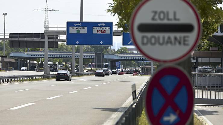 Deutschland schliesst teilweise die Grenzen zu den Nachbarländern Schweiz, Österreich und Frankreich.