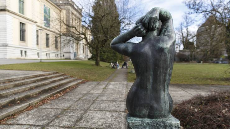 Statue beim Kunstmuseum Solothurn