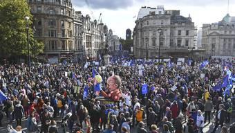 Zehntausende demonstrierten am Samstag in London gegen den Brexit.