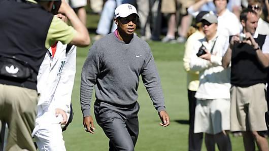 Tiger Woods wird amUS Masters auf Schritt und Tritt begleitet