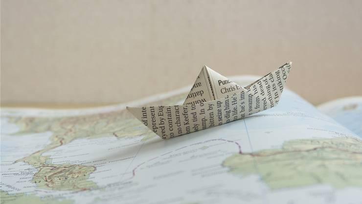 Das Schiff sinkt. Ein paar aber bleiben an Deck, animiert und fröhlich. Das Schiff heisst «Belletristik». Ein neues Haus segelt breit ein. Sogar ein Sachbuch-Verlag wagt den Törn.