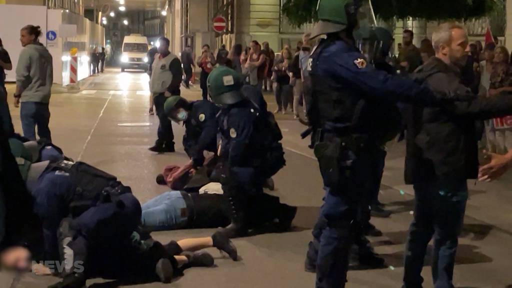 Erneute Demo der Massnahmenskeptiker in Bern: Die Grundstimmung wird aggressiver, warnt der Sicherheitsdirektor