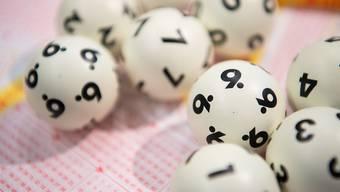 Pro Jahr sammeln sich im Kanton Zürich 80 Millionen Franken Lotteriegelder an, die nun nach einem neuen Verteilschlüssel an gemeinnützige Projekte verteilt werden. (Symbolbild)