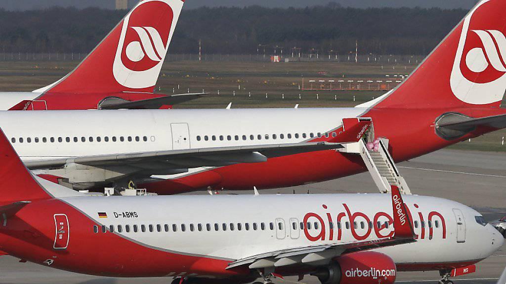 Air Berlin kann am Donnerstag voraussichtlich wie geplant fliegen. (Symbol)