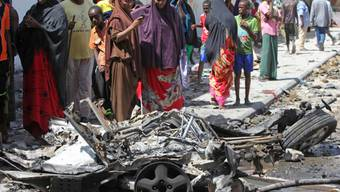 Nach Anschlag in Mogadischu: Überreste des Fahrzeuges