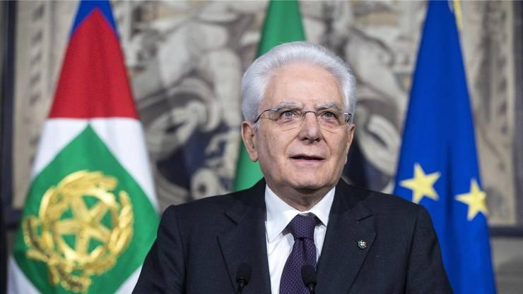 Präsident Sergio Matarella will eine Übergangsregierung einsetzen.