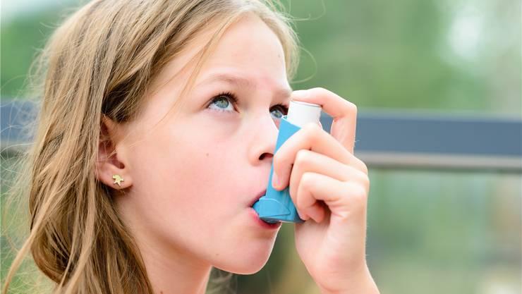 Wird Kortison inhaliert, etwa gegen Asthma, gibt es kaum Probleme mit Nebenwirkungen.