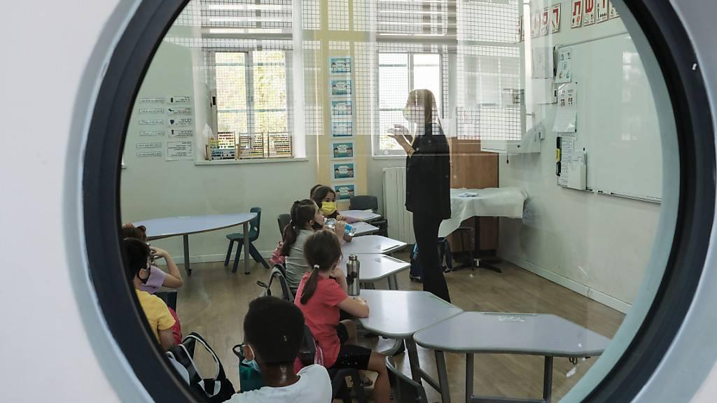 Israels Regierung beschliesst weitgehende Schulöffnungen