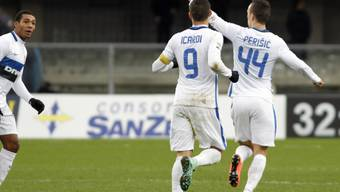 Am Ende konnte Inter in Verona doch noch jubeln (Perisic und Icardi nach dem 3:3)