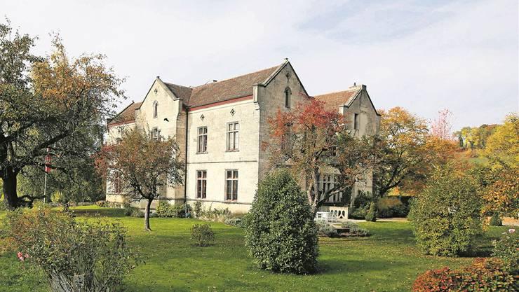 Neues Schloss Teufen: Auch Thomas Gottschalk hatte sich einst für das Landgut mit 12-Zimmer-Villa im neugotischen Stil interessiert.  Balz Murer