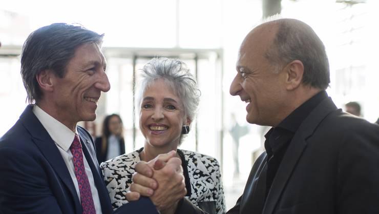 Der Zürcher FDP-Regierungsrat Thomas Heiniger  links) und seine Amtskollegin Carmen Walker Späh. Rechts ihr Regierungsratskollege Filippo Leutenegger. (Archivbild)
