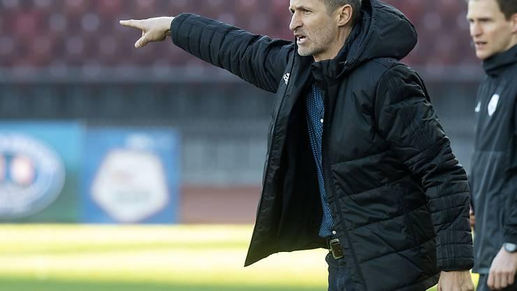 Thomas Häberli zeigt, wo es lang geht: unter ihm holt der FC Luzern immerhin den ersten Punkt im neuen Jahr