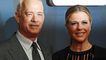 """Tom Hanks und Gattin Rita Wilson vor zwei Wochen bei der """"Bridge of Spies""""-Premiere. Wilson geht es nach einer Mastektomie wieder gut (Archiv)."""
